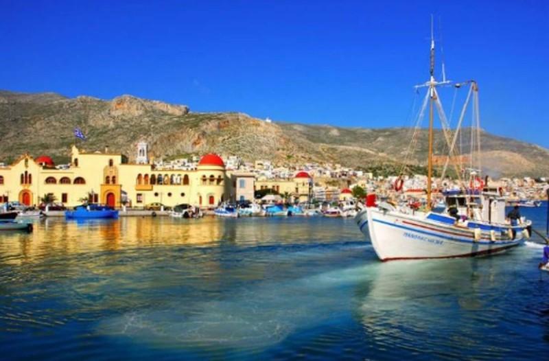 180 ευρώ για 4 ημέρες: 10 μαγευτικά ελληνικά νησιά για οικονομικές διακοπές