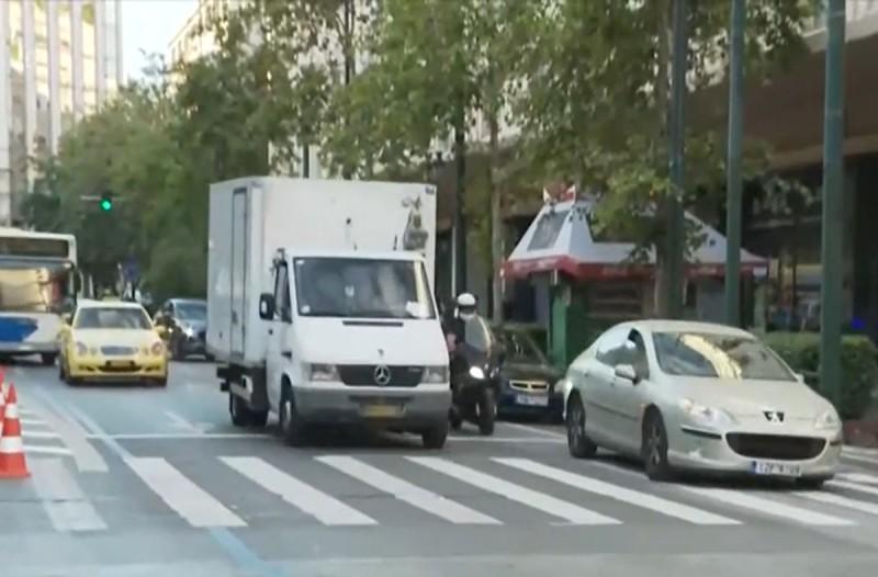 Αθήνα: Μεγάλος Περίπατος για τους πολίτες, «μπελάδες» για τους οδηγούς