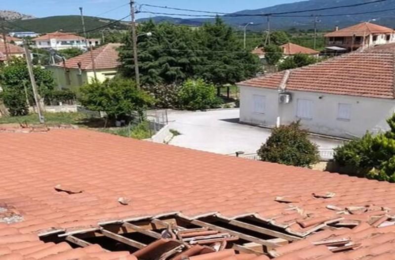 Σοκ στη Λάρισα: «Αεροσκάφος ξήλωσε ολόκληρα κομμάτια της σκεπής στο σπίτι μας»