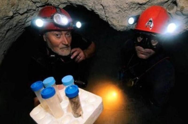 Άνοιξαν σπηλιά μετά από 5.000.000 χρόνια και έπαθαν σοκ. Δεν φαντάζεστε τι κατέγραψε η κάμερα