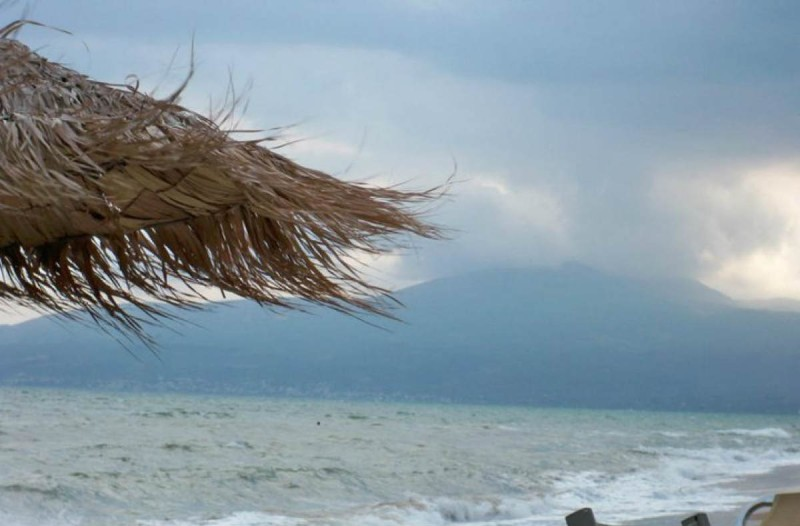 Καιρός σήμερα: Βροχές και πτώση της θερμοκρασίας - Αναλυτική πρόγνωση