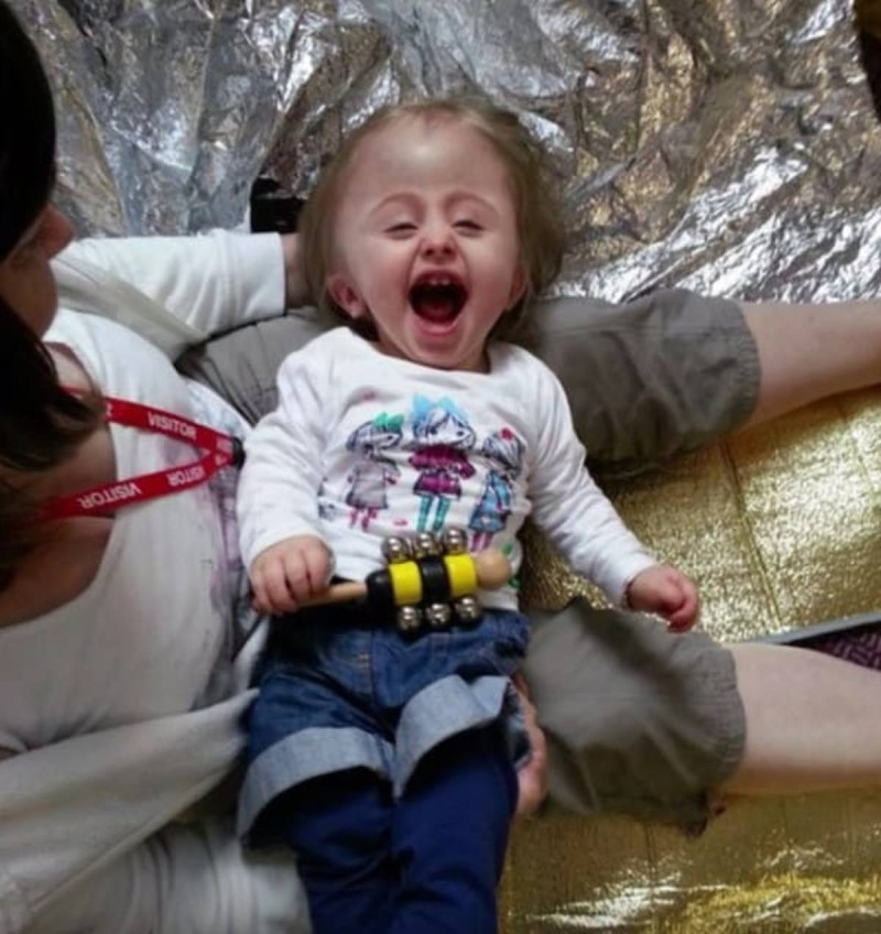 Οι γιατροί της ζήτησαν να τερματίσει την εγκυμοσύνη γιατί το μωρό της θα είχε «πρησμένο» κεφάλι και θα πέθαινε