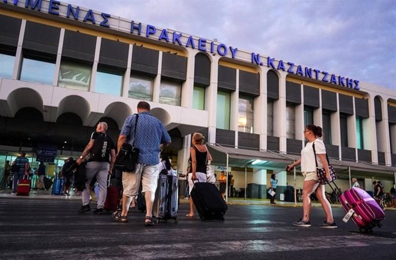Άρση Μέτρων: Πρώτη ανάσα στον τουρισμό από το άνοιγμα των συνόρων - Πως αντιμετωπίστηκαν οι πρώτες