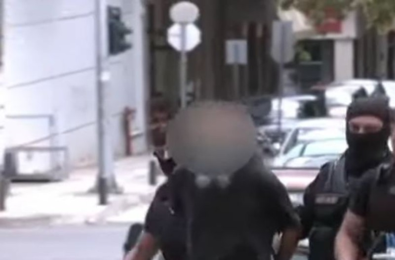 Κοζάνη: Αυτός είναι ο 45χρονος που επιτέθηκε με το τσεκούρι