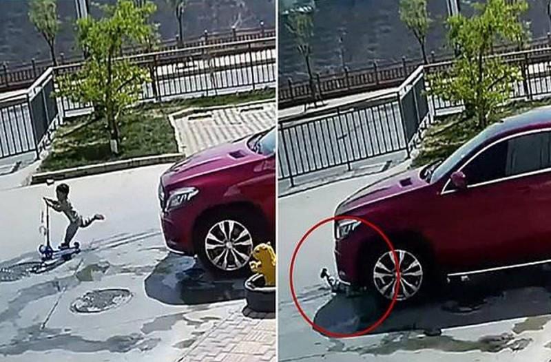 4χρονο αγοράκι παίζει αμέριμνο στο δρόμο: Δευτερόλεπτα μετά η κάμερα πιάνει κάτι το ανατριχιαστικό!