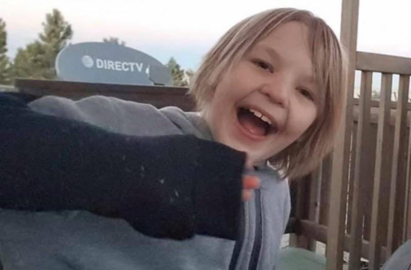 41χρονος πατέρας ανάγκασε τον 11χρονο γιο του να πιει τρία λίτρα νερό - Δυστυχώς μετά από 4 ώρες...