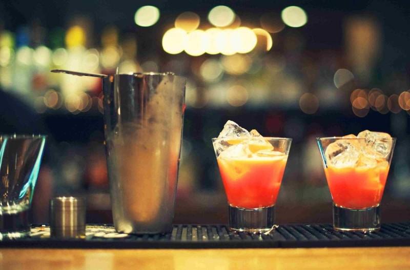 καρεας ποτο μπαρ