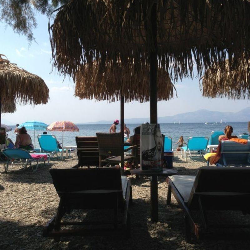 fame cafe bar αγιοι αποστολοι παραλία για καφε