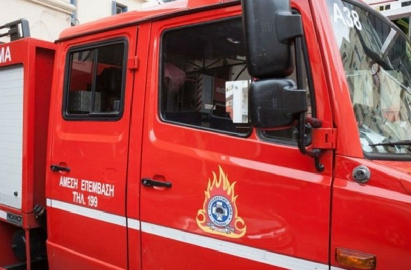 Φωτιά σε ισόγειο διαμέρισμα στο Ρέντη