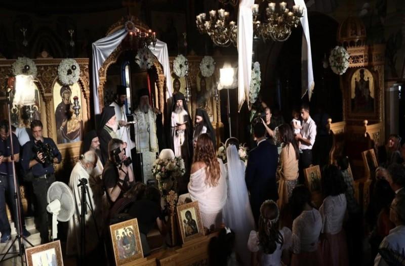 Πανικός στη Θεσσαλονίκη: Στα 13 τα κρούσματα κορωνοϊού από το γαμήλιο γλέντι