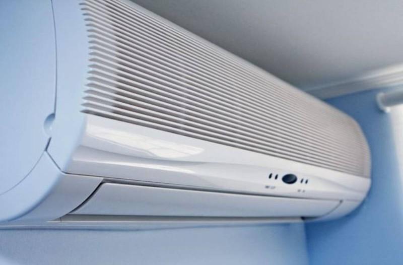 Το μεγάλο λάθος με τα κλιματιστικά στον καύσωνα που κοστίζει σε όλους! Δείτε τι πρέπει να κάνετε!