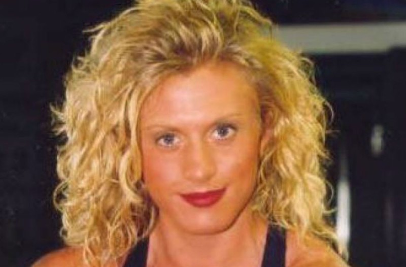 43χρονη πρωταγωνίστρια ροζ ταινιών βρέθηκε νεκρή στο σπίτι της