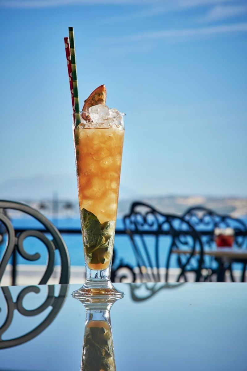 palms of the verandah σπετσες μπαρ ποτο
