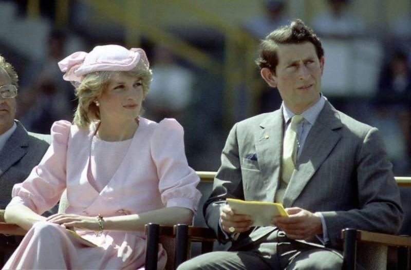 Τεράστια αποκάλυψη: Η πριγκίπισσα Νταϊάνα με τον Κάρολο ήταν ξαδέρφια