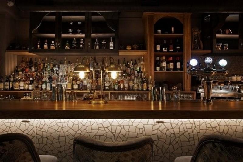 streetwise πετρουπολη καφε μπαρ ποτο