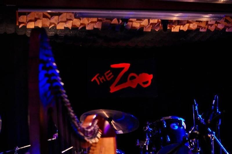 the zoo χαλανδρι για ποτό