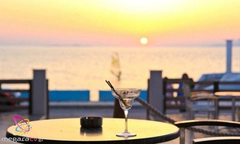 tramonto αλεποχώρι για ποτό