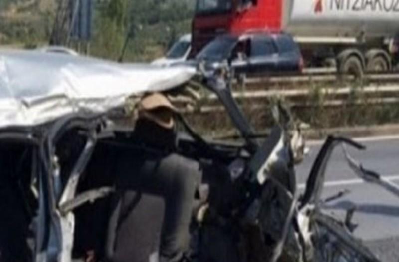Θεσσαλονίκη: Νεκρός οδηγός ΙΧ μετά από σύγκρουση με φορτηγό