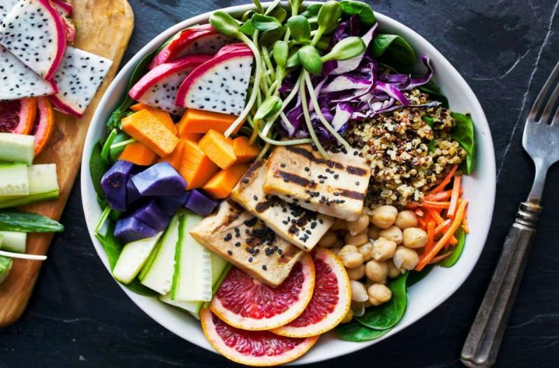 Δίαιτα Dash: Το δημοφιλές πρόγραμμα που θα σε κάνει αγνώριστη χωρίς να στερηθείς τίποτα