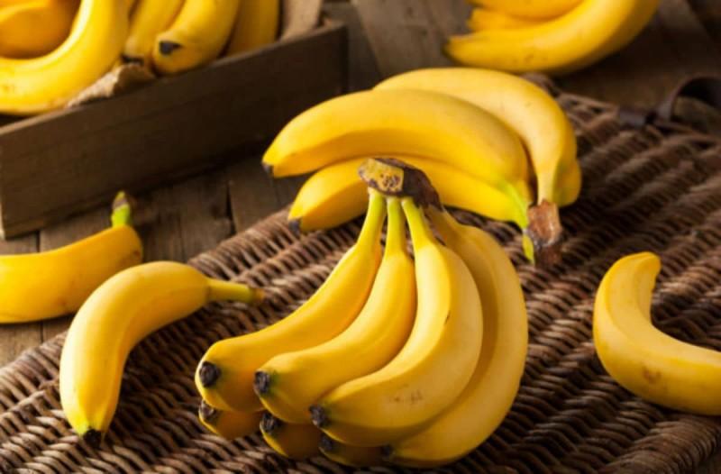 Ο σοβαρός λόγος που δεν πρέπει ποτέ να τρώτε μπανάνες το πρωί όταν ξυπνάτε
