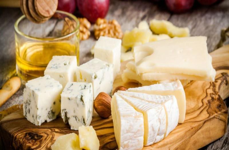 Το τυρί που προλαμβάνει από καρδιακές παθήσεις μέχρι... κυτταρίτιδα