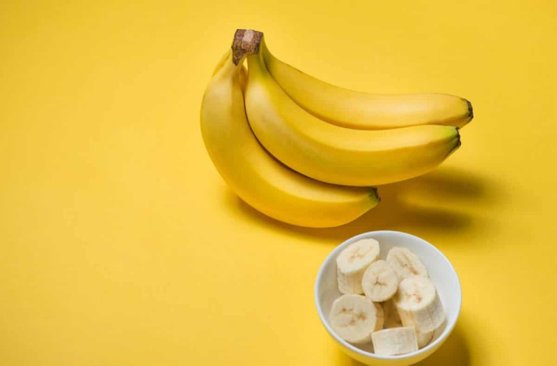Ανακάτεψε μπανάνα με γάλα και απέκτησε τα μαλλιά των ονείρων της