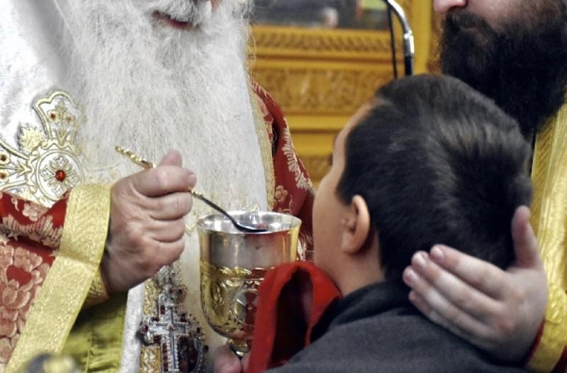 Μυτιλήνη: Ιερέας θετικός στον κορωνοϊό
