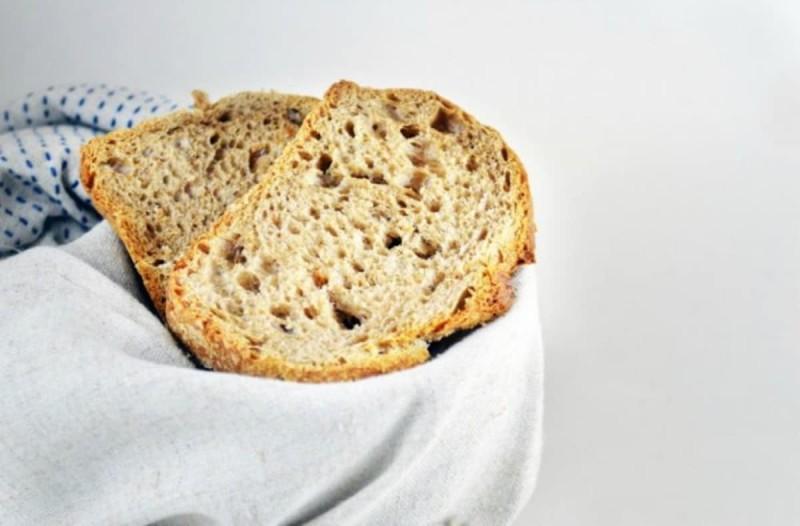 Φοβερό: Έτσι μπορείς να κάνεις πεντανόστιμο το μπαγιάτικο ψωμί και να το βάλεις σε κάθε φαγητό