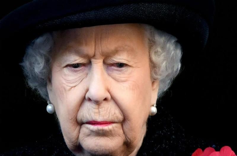 Έξαλλη η Βασίλισσα Ελισάβετ - Οι φωνές της ακούστηκαν σε όλο το Buckingham
