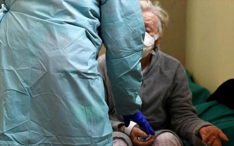 Συναγερμός σε γηροκομείο της Αθήνας  - Πάνω από 30 κρούσματα κορωνοϊού