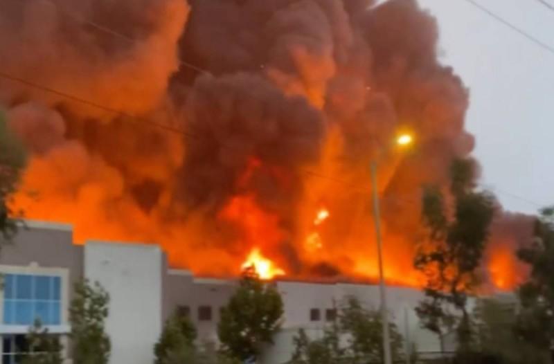 Πυρκαγιά σε αποθήκη στον Ασπρόπυργο!