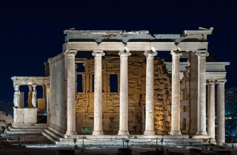 Αποδίδεται την Τετάρτη ο νέος φωτισμός της Ακρόπολης