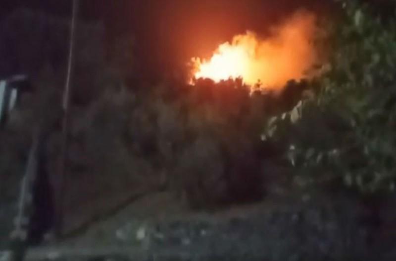 Μεγάλη φωτιά στον καταυλισμό προσφύγων στη Σάμο