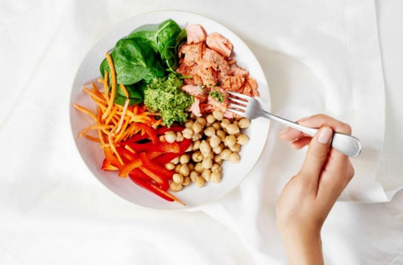Fat Loss: Η δίαιτα που υπόσχεται να κάνει παρελθόν κάθε ίχνος λίπους