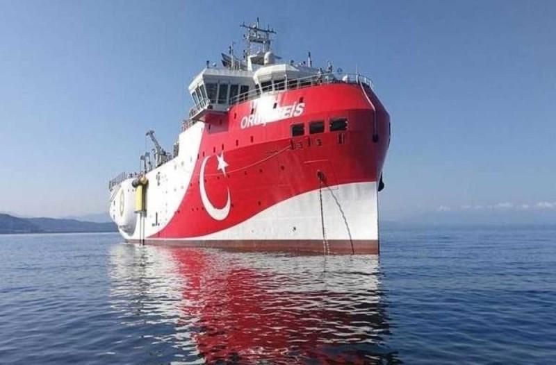 Συναγερμός στο Αιγαίο: Γύρισε στην Αττάλεια το Oruc Reis - Νέο μήνυμα Κύπρου και ΗΠΑ στους Τούρκους