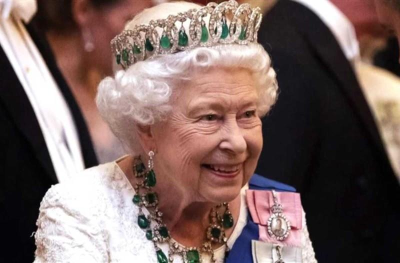 Αναστάτωση στο Buckingham: Γύρισε ο χειρότερος «εφιάλτης» της Βασίλισσας Ελισάβετ