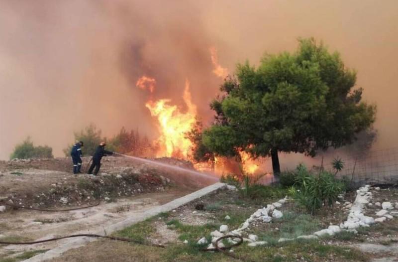 Φωτιά στην Αγία Μαρίνα Ζακύνθου
