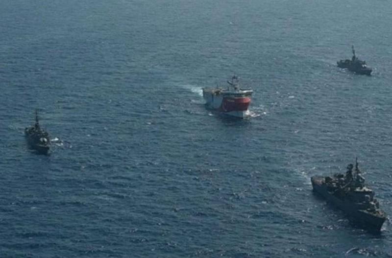 Συναγερμός στο Καστελόριζο: Αποκλεισμό του νησιού επιχειρούν οι Τούρκοι