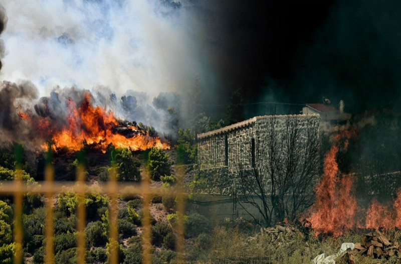 Σε ύφεση η φωτιά στην Κερατέα - Ερευνάται το ενδεχόμενο εμπρησμού