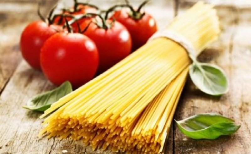 Αυτός είναι ο λόγος που οι Ιταλοί δεν σπάνε ποτέ τα μακαρόνια