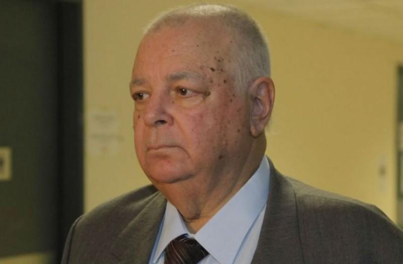 Σοκ: Πέθανε ο Σίμος Σιμόπουλος