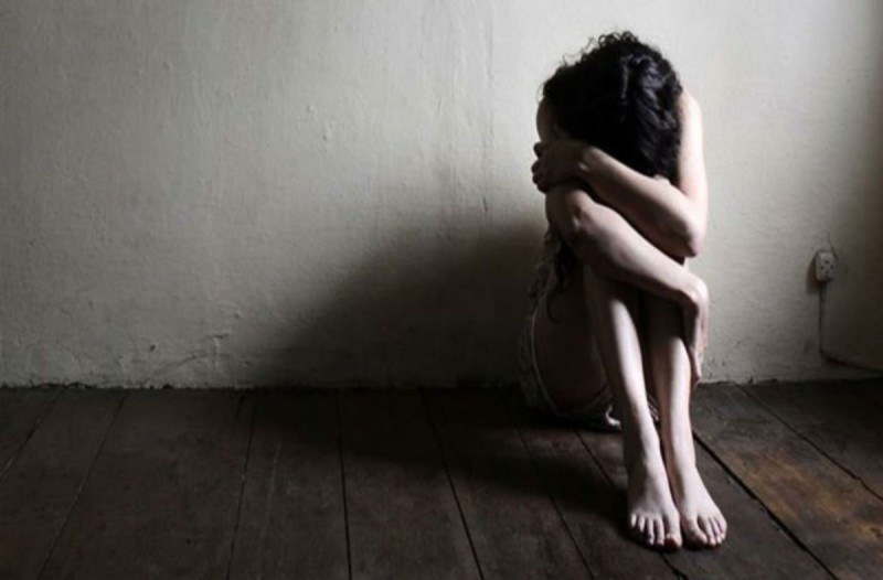 Ποινή φυλάκισης ενός έτους σε επιχειρηματία για σεξουαλική παρενόχληση σε ανήλικη
