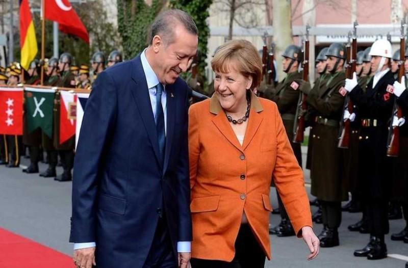 Συναγερμός στο Αιγαίο: Μίλησαν στο τηλέφωνο Μέρκελ και Ερντογάν για την ανατολική Μεσόγειο