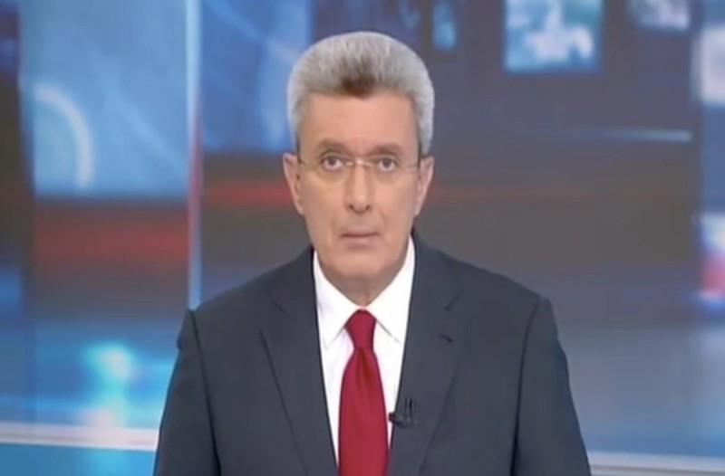 Ανήμπορος και προβληματισμένος ο Νίκος Χατζηνικολάου