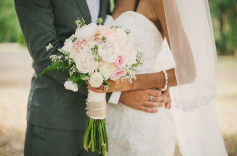 Η νύφη χώρισε το γαμπρό 3 λεπτά μετά το γάμο - Μόλις δείτε τι συνέβη θα