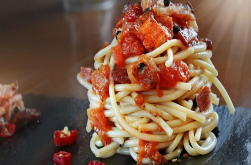Οι μεγαλύτεροι σεφ προειδοποιούν: Μην παραγγέλνετε μακαρόνια σε αυτά τα εστιατόρια