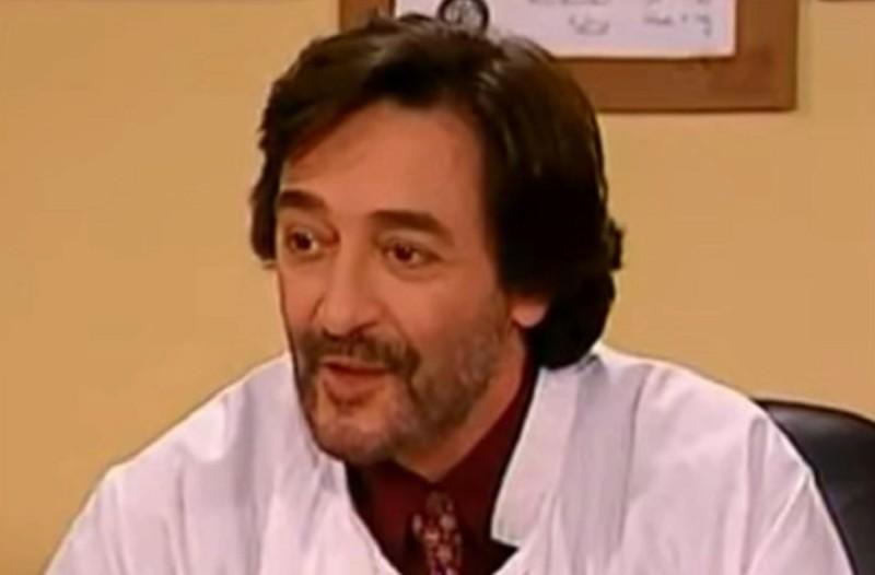 Θυμάστε τον Δρ. Βουλίδη τον πλαστικό χειρουργό από το Κωνσταντίνου και Ελένης; Δείτε πως είναι 20 χρόνια μετά (photo-video)