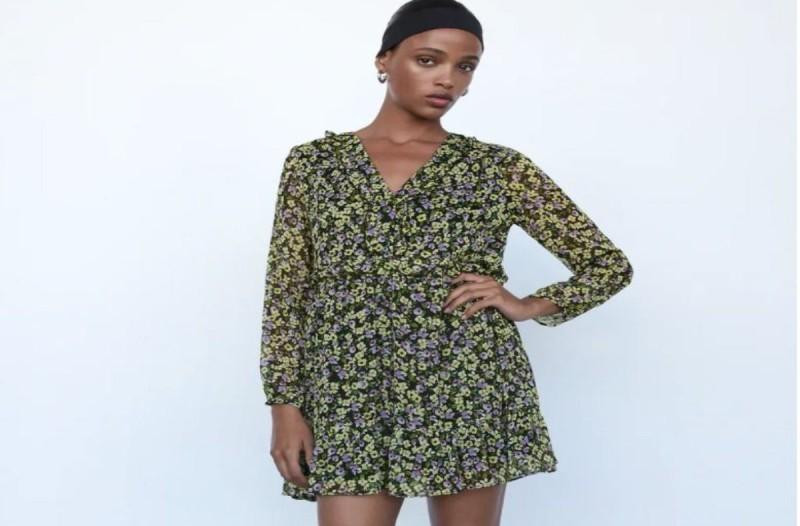 Φόρεμα από τα καταστήματα ZARA σε χαμηλή τιμή