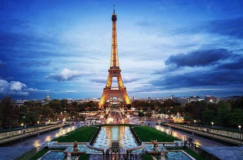 Κορωνοϊός: Κρίσιμες ώρες για τη Γαλλία - Προβλέψεις για 100.000 κρούσματα την ημέρα