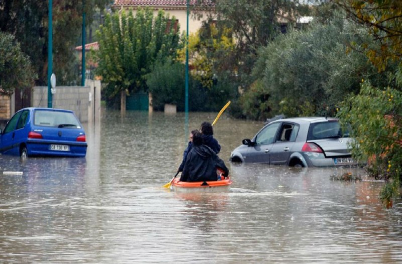 Τραγωδία: Τρεις νεκροί και εννέα τραυματίες λόγω κακοκαιρίας στη Γαλλία